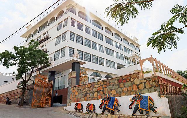 Regenta Central Mewargarh