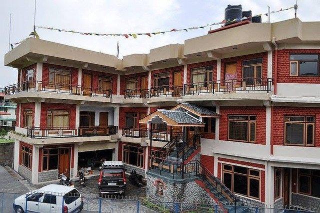 Samdupling Himalayan Brothers