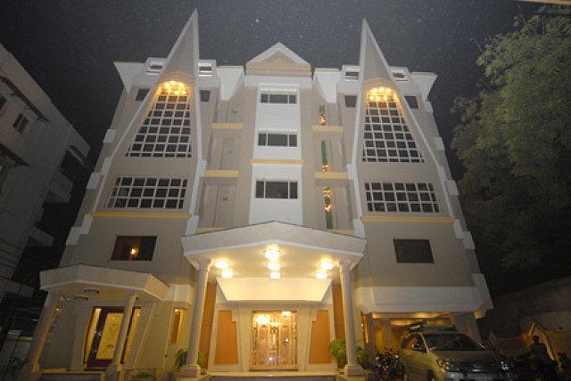 Epsilon Hotel by Bizzgrow Hotels