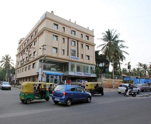 Hotel Nandhini (JP Nagar)