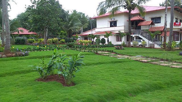 COORG MISTY Garden
