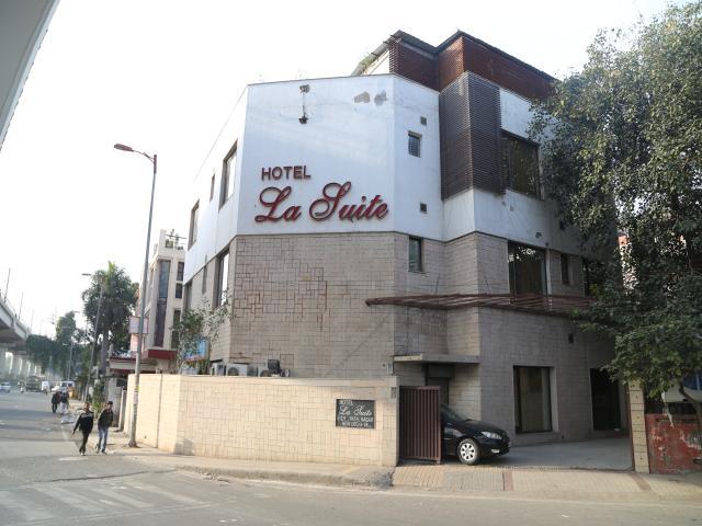La Suite-Patel Nagar