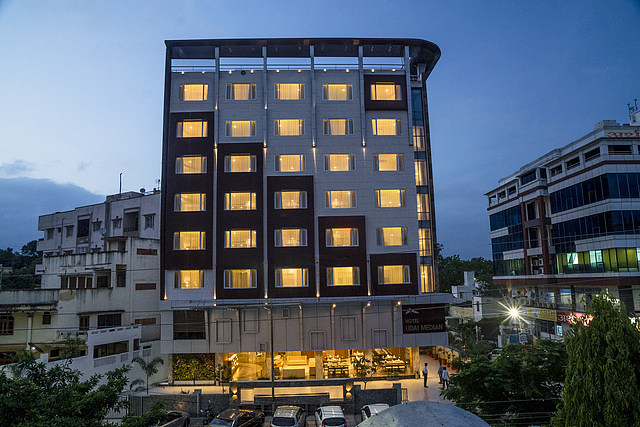 Hotel Udai Median