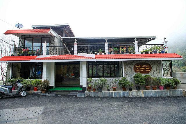 Mystic Rodhi Resort