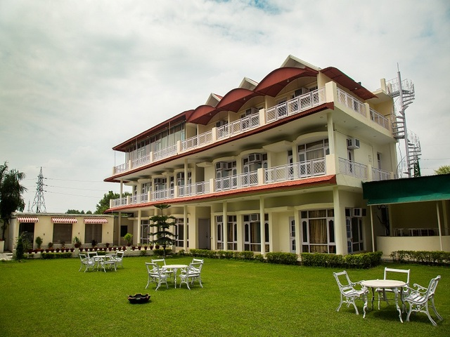 Hotel Skyview Holiday Home