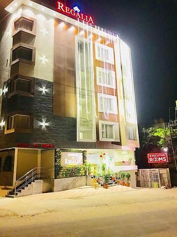 Regalia Inn & Suites