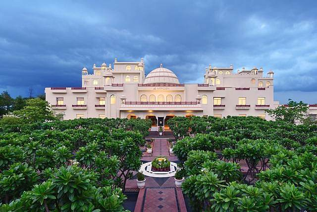 Le Méridien Jaipur Resort & Spa