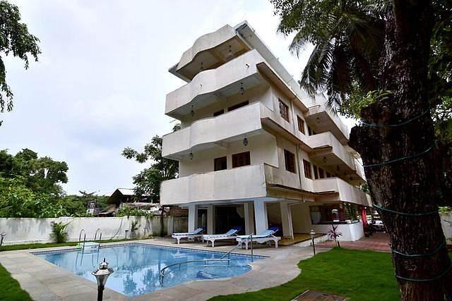 La Costa Residency