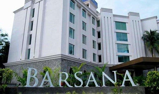 Barsana Hotel And Resort