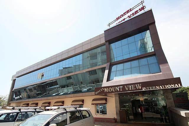 Hotel Mount View International