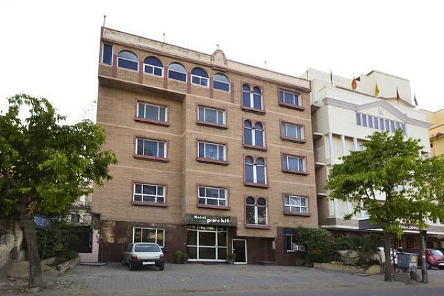 Hotel Purohit