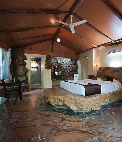 Lohagarh Fort Resort And Spa