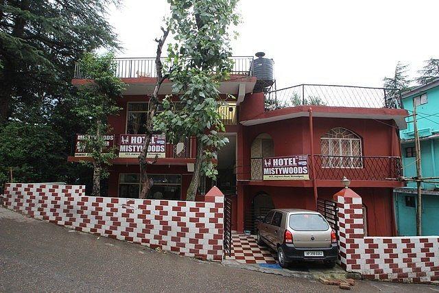 Hotel Misty Woods