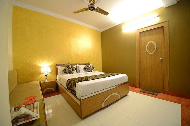 Hotel New MG residency