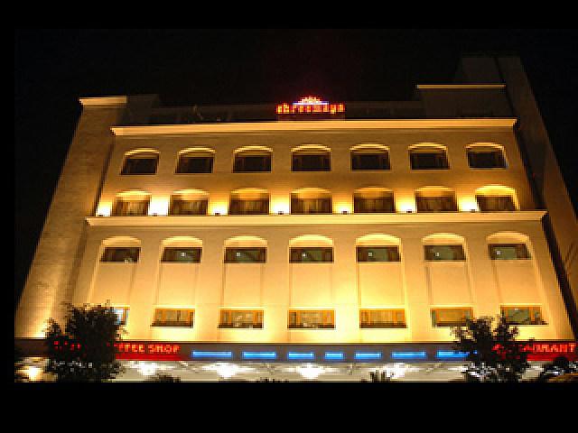 Hotel Shreemaya Residency