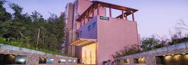 Grand Exotica Business Hotel