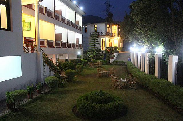Hotel Maya Regency Bhimtal