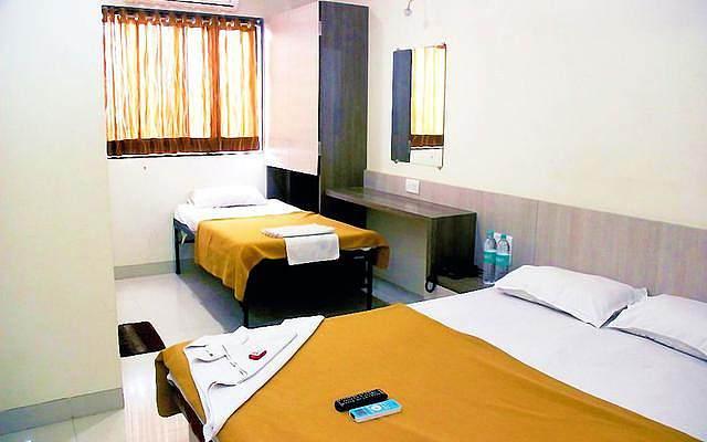 Hotel Kalpadeep Inn