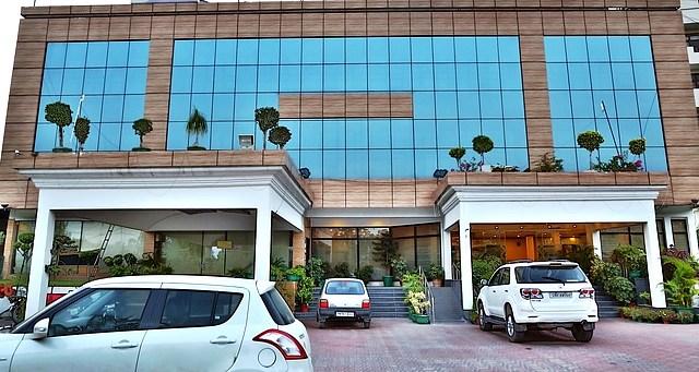 Hotel Shagun Zirakpur