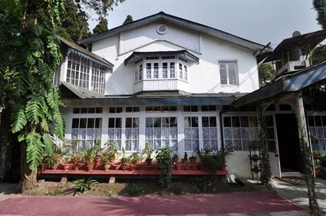 The Ivanhoe House