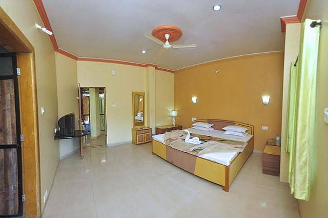 Om Sai Palace Nivas