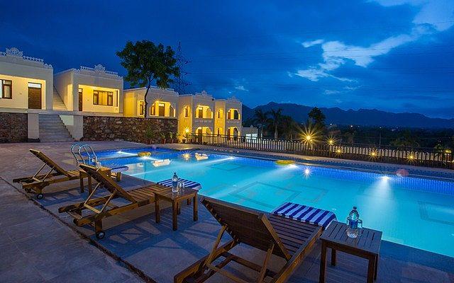 Hotel Hill Garden Retreat