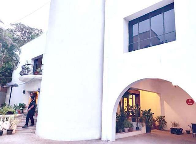 Guest Inn Suites
