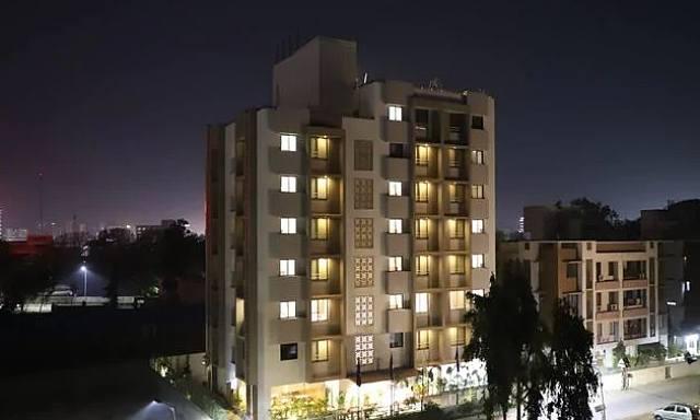 Ebony Residency