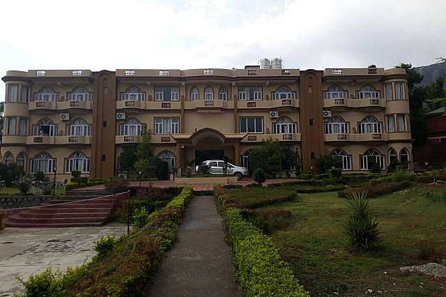 Imperial Heights Clarks Inn Dharamshala