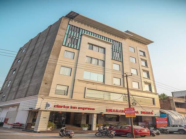 Bharawan Clarks Inn Express