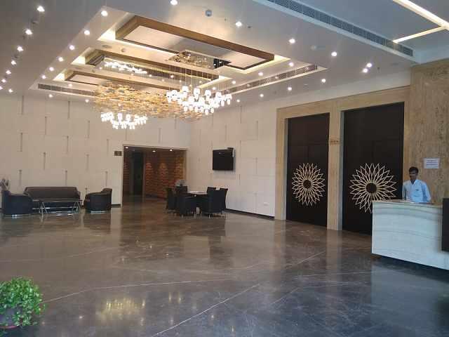 KL7 Hotel & Banquets