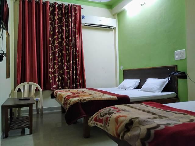 Hotel Shiromani Palace