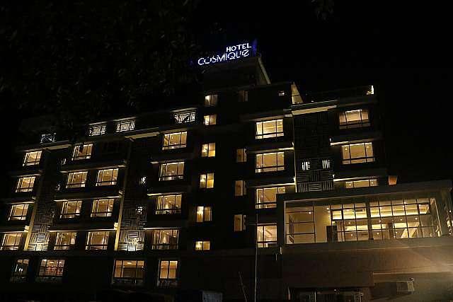 Hotel Cosmique