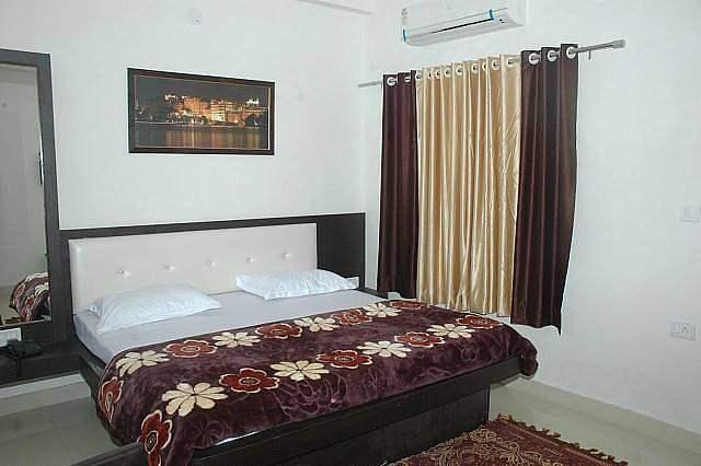 Hotel Dev Palace