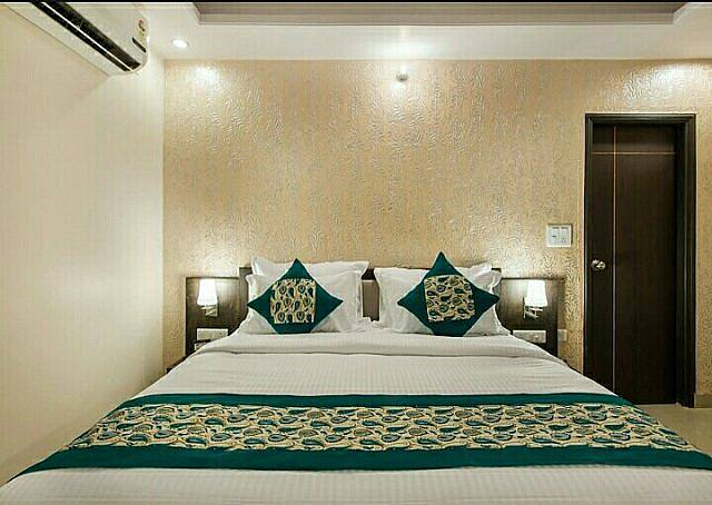 Hotel Vachi Inn