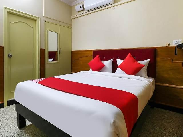 OYO 46067 Sree Lakshmi Residency