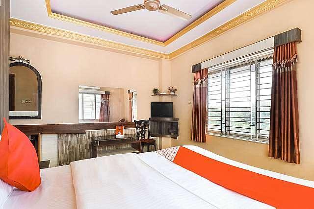 OYO 49882 Hotel Shiv Shakti