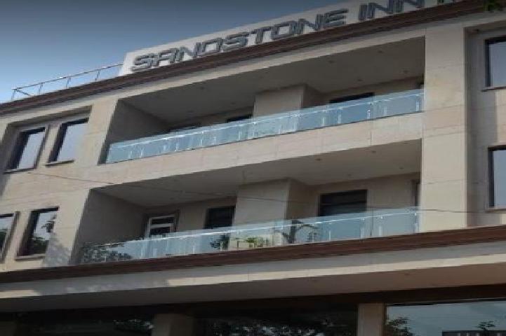 Sandstone Inn