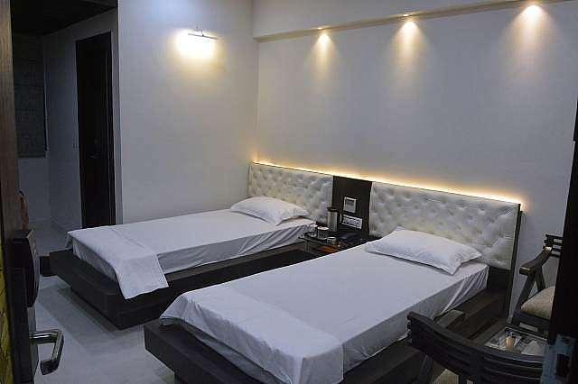 Hotel Gautam Grand