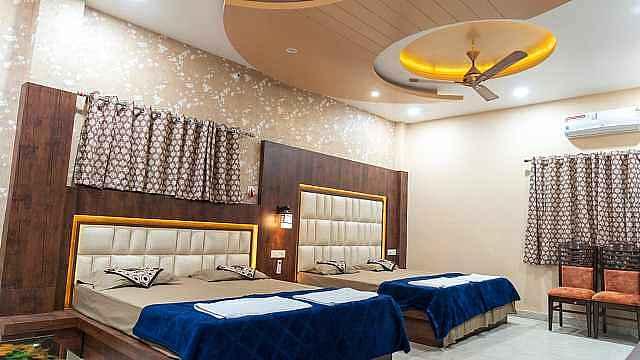 Hotel CM Palace