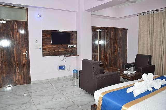 Hotel Kunti International