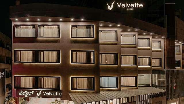 Velvette Hotel