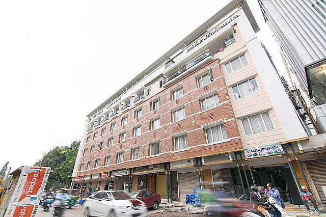 Phoneix Hotel