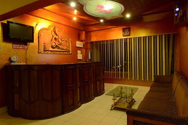 Hotel Bhargav Lokhra
