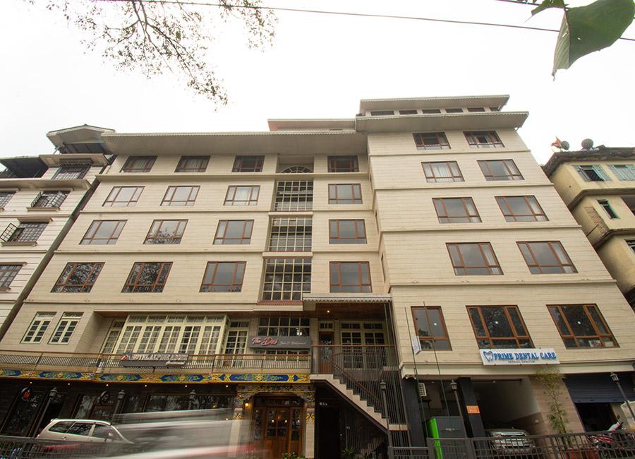 Hotel Alpine Abode Continental
