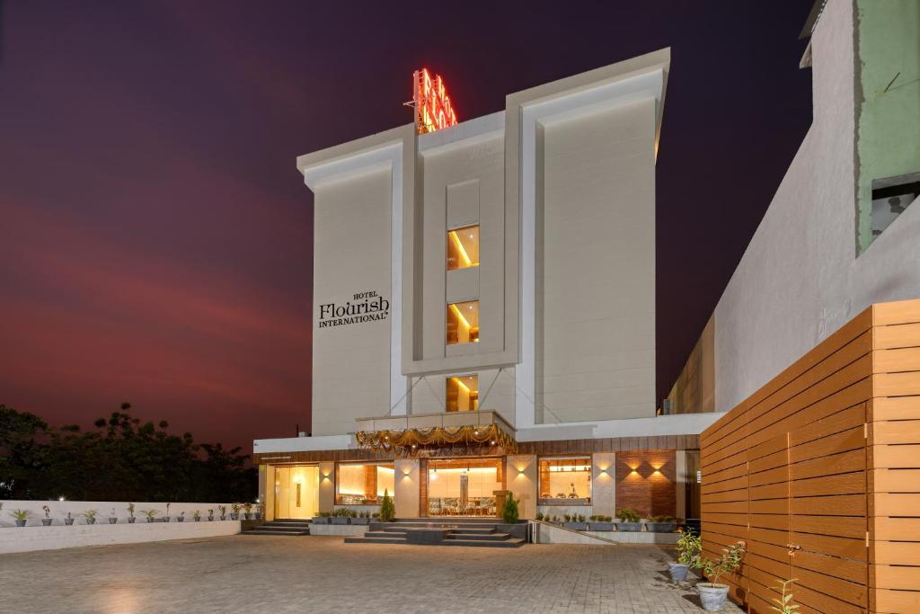 Hotel Flourish International