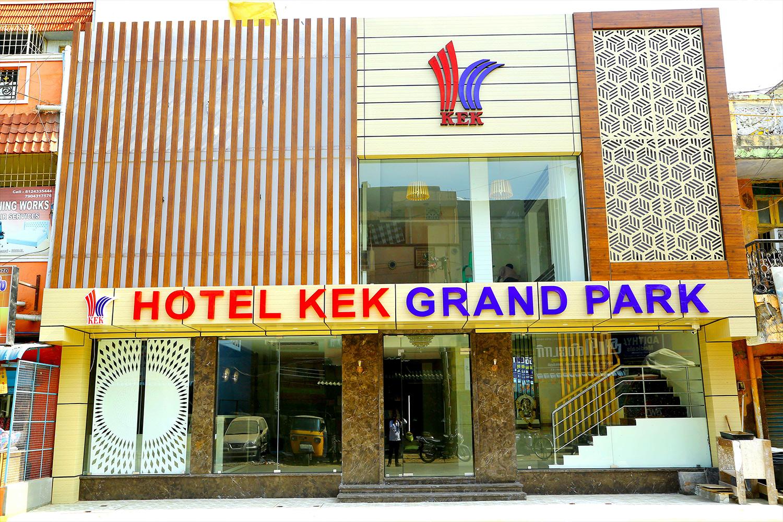 Hotel Kek Grand Park
