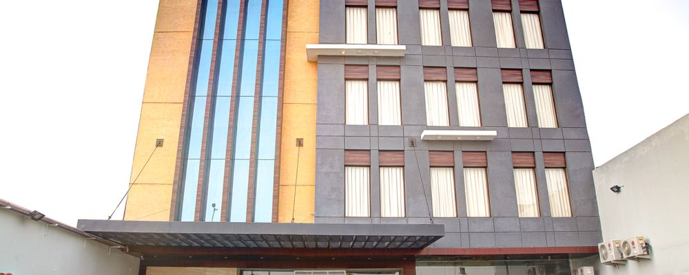 Aggarwal Hotel a unit of S C Residency