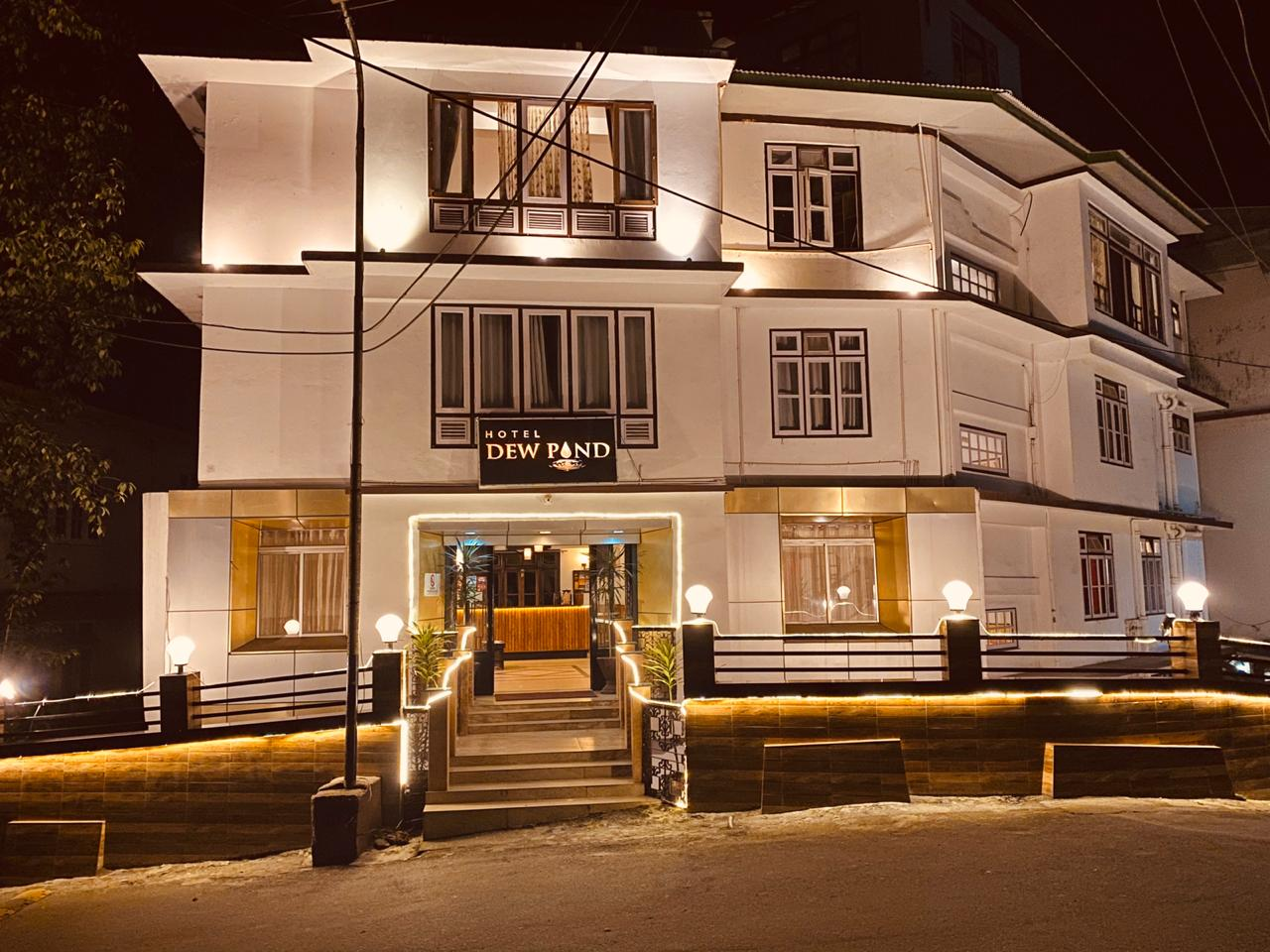 Hotel Dew Pond