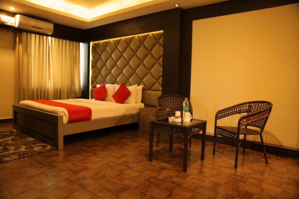 Lavens -The Boutique Residence & Banquet